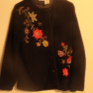 White Stag Floral Embroidered Black Sweater SZ M